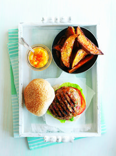 Get a taste of the Mediterranean with this delicious sweet-and-sour turkey and apricot burger recipe.