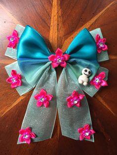 Disney's Frozen Fever Elsa inspired hair bows, handmade by myself! Including the little snowgie! #frozenfever #missmbowtique #missmaegansbowtique #elsa #frozen #disney #princesses #crafty