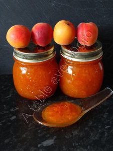 For 3 jars of jam: 750 gr of pitted apricots 350 gr of caster sugar 3 g of agar-agar bag of 2 gr or 1 cc + 1 / Cut apricots in 4 and put them in the thermomix bowl, add the sugar and agar. Cooking Chef, Cooking Time, Chutney, Dessert Thermomix, Jar Of Jam, Cuisine Diverse, Good Food, Yummy Food, Flan
