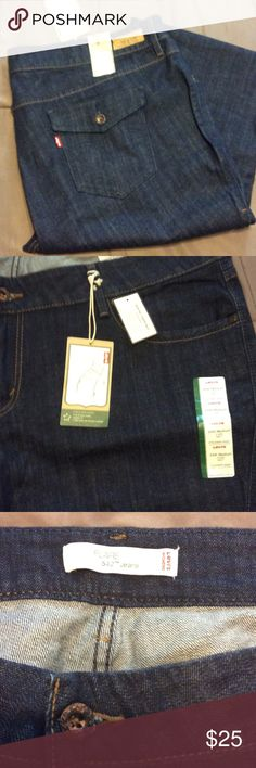 Women's Plus Levi's Jeans NWT Brand new with tags Levi's Jeans Flare & Wide Leg