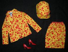 Vintage Barbie tagged travel together outfit complete,very nice