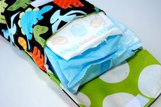 Diaper clutch pattern and tutorial. Could sew as a baby shower gift.