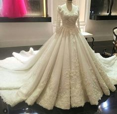 Vestido Branco de Noiva Luxury Princess Wedding Dresses Long Sleeve Lace China Bridal Gowns Pearls Flowers Wedding Gown <font><b>Boda</b></font> Muslim Wedding Dresses, Wedding Dress Train, Luxury Wedding Dress, Princess Wedding Dresses, Bridal Dresses, Mode Hijab, The Dress, Ball Gowns, Look