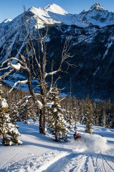 Photo: Kyle Hamilton Location: Great Canadian Heliskiing #Heliskiing #heliboarding #skiing #snowboarding www.HeliskiingCanada.org