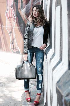 Helo Gomes - Sanduiche de Algodão - Moda Feminina Estilo Inspiração Jeans e Jaqueta - Women´s Fashion Denim Style Casual Inspiring