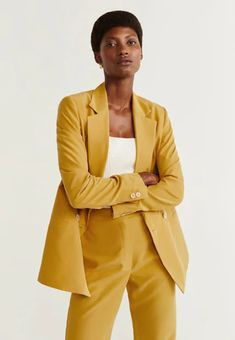 Discover the latest trends in Mango fashion, footwear and accessories. Shop the best outfits for this season at our online store. Blazers For Women, Jackets For Women, Blazer Suit, Suit Jacket, Mango Fashion, Elegant Outfit, Lemon Grass, Fashion Online, Latest Trends