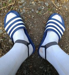 Slide Sandals, Mary Janes, Socks, Flats, Sneakers, Beautiful, Fashion, Tap Dance, Sandals