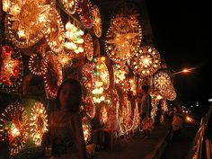 Christmas Parols Everywhere in the Philippines!