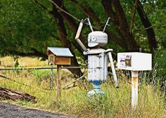 Now that's a mailbox you don't see everyday Space man #mailbox - #Australia