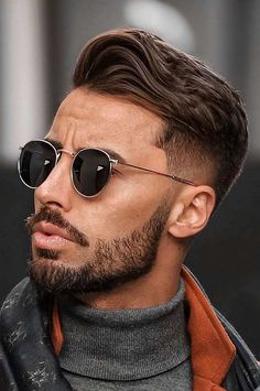 Cool Haircuts for Men to try in 2020 Mens Modern Hairstyles, Trendy Mens Haircuts, Mens Hairstyles With Beard, Cool Hairstyles For Men, Cool Haircuts, Japanese Hairstyles, Korean Hairstyles, Mens Hairstyle Images, Asian Men Hairstyle