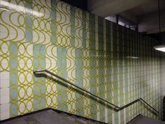 Maria Keil   Estação / Station Areeiro   Metropolitano de Lisboa / Lisbon Underground   1972 #Azulejo #MariaKeil #MetroDeLisboa