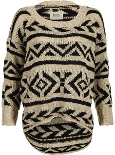 Knitted Pattern Jumper €69,95 by 8mm