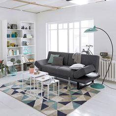 Un amour de canapé aux lignes résolument design à un prix vraiment adorable ! pour un aménagement astucieux!!