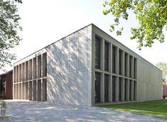 Erläuterungen zum Entwurf - Peter Bastian Architekten BDA Contemporary Classic, Dom, Garage Doors, Outdoor Decor, Home Decor, Mockup, Architects, Decoration Home, Room Decor