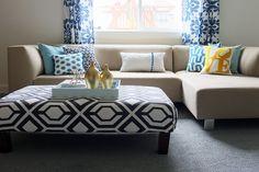 Easy Pompom Pillow Tutorial