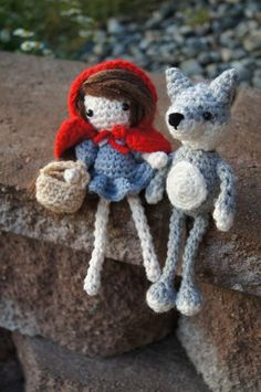 Free crochet pattern for red riding hood and her wolf
