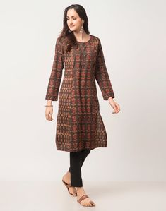 Indian Long Dress, Cotton Crafts, S Models, Kurti, Cold Shoulder Dress, Tunic Tops, Unique, Sleeves, Fabric