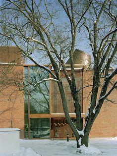 Lohja Main Library, Lohja, Finland - Lahdelma & Mahlamäki Architects Red Brick Walls, Main Library, Red Bricks, Public Service, Finland, Architects, Building Homes, Civil Service, Architecture