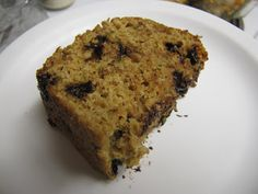 Healthy Chocolate Chip Zucchini Bread- applesauce instead of oil http://cookingcollection.blogspot.com/2012/02/low-fat-chocolate-chip-zucchini-bread.html