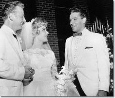 Elvis Presley : Red West's Wedding to Elvis' Secretary Pat Boyd : July 1, 1961 - See more at: http://www.elvispresleymusic.com.au/pictures/1961_july_1_red_west_elvis_secretary_pat_boyd_wedding.html#sthash.xcpdAEbi.dpuf