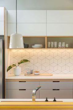 Kitchen design: A little bit of sunshine – Completehome – Best Home Decor Kitchen Sets, Home Decor Kitchen, Kitchen Furniture, Home Kitchens, Modern Kitchens, Small Kitchen Tiles, Light Wood Kitchens, Modern Kitchen Cabinets, Modern Kitchen Design