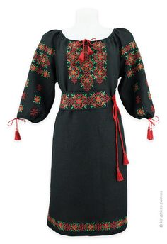 Black embroidery dress with gamesome embroidery