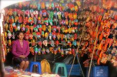 The Largest Market in Central America – Chichicastenanago, Guatemala