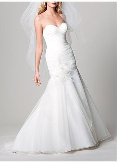 GRACEFUL ORGANZA MERMAID STRAPLESS SWEETHEART NECKLINE BRIDAL DRESS WITH HANDMADE FLOWER LACE BRIDESMAID PARTY