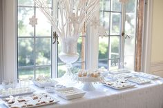 Winter White Party Dessert Table, under the dining room window. White Christmas Desserts, White Desserts, Christmas Ideas, Holiday Desserts, Christmas Decor, Christmas Tablescapes, Coastal Christmas, Modern Christmas, Christmas Morning