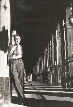 Jean Cocteau at Palais Royal, Paris, September 1944 . Photo by Lee Miller