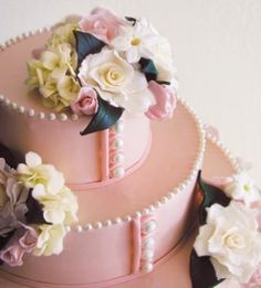 Our Prettiest Wedding Cakes Ever - Babyshower Pink Cake Ideen Pretty Wedding Cakes, Creative Wedding Cakes, Wedding Cake Photos, Pretty Cakes, Creative Cakes, Cake Wedding, Girly Cakes, Fancy Cakes, Pink Cakes