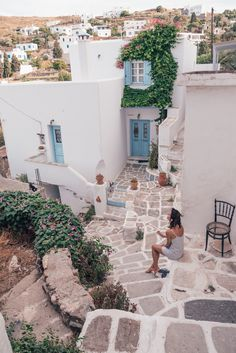 The Complete travel guide to Paros Island, Greece + MUST-SEE beaches Paros Greece, Athens Greece, Greek Town, Beautiful Places To Travel, Romantic Travel, Romantic Getaways, Paros Island, Greece Travel, Greece Trip