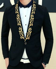 Floral on the lapel always wins! Golden embroidered floral lapel black blazer! #goldblazer #awesomefashion #menswear