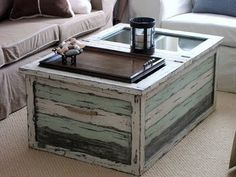The colours and the texture remind me of the sea. Great way to reuse wooden pallets as coffee table. Tea anyone?