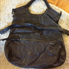 Brown hand bag Used, good condition. Bags Satchels