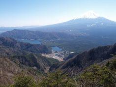富士山と西湖。王岳の絶景ポイント|富士山登山ルートガイド。Mount Fuji climbing route guide
