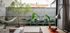 outside-inside-house-by-terra-e-tuma-arquitetos-associados-6.jpg