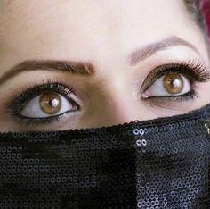 Drashti Dhami, Woman Face, Favorite Tv Shows, Beautiful Women, Actresses, Album, Eyes, Stylish, Makeup