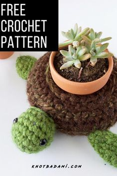 Learn how to make your own little orange fruit amigurumi with this beginner friendly and quick working free crochet pattern! This doll is the perfect toy. Simple Crochet, Easy Crochet Patterns, Amigurumi Patterns, Free Crochet, Holiday Crochet, Halloween Crochet, Beginner Crochet Projects, Crochet For Beginners, Crochet Home Decor