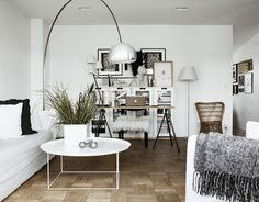 A SCANDINAVIAN HOME IN BLACK & WHITE WITH GREY TONES | THE STYLE FILES