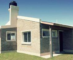 Punta Chacra Roldan: Casas de estilo rústico por Arq. Gustavo Piazza & Asociados