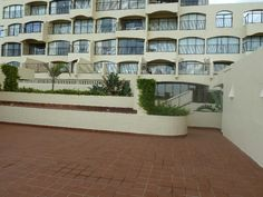 Apartments For Sale in uMhlanga. View our selection of apartments, flats, farms, luxury properties and houses for sale in uMhlanga by our knowledgeable Estate Agents. Kwazulu Natal, 3 Bedroom Apartment, Apartments For Sale, Multi Story Building, Houses, Mansions, Luxury, House Styles, Holiday