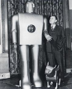Elektro, Sparko and their creator, Barney Barnett