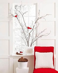 Decora con ramas secas o peladas, ¡es invierno! #DecorarConPlantas #DecorarConFlores