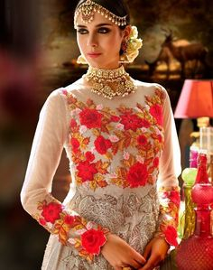 Light Beige Floral Embroidered Silk Anarkali Suit features a beautiful crepe anarkali suit alongside a santoon bottom and inner. A chiffon dupatta completes the look. Embroidery work is completed with zari, thread, and stone. Silk Anarkali Suits, Anarkali Gown, Gown Style Dress, Latest Indian Fashion Trends, Crochet Headband Free, Silk Suit, Designer Anarkali, Embroidered Silk, Stylish Girl