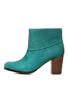 Cole Haan Fall 2012 Boots + Booties Shoes Accessories Index Cole Hann Shoes, Cole Haan Boots, Bootie Boots, Ankle Boots, Green Boots, Cool Style, My Style, Diy Clothing, Bag Accessories