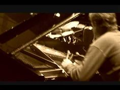 "▶ Bill Carrothers - Armistice 1918 - ""Hello My Baby"" - YouTube"