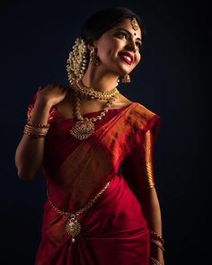 bridal jewelry for the radiant bride Indian Bride Poses, Indian Wedding Bride, Indian Wedding Photography Poses, Bride Photography, South Indian Bride, Indian Bridal, Tamil Wedding, Saree Wedding, Digital Photography