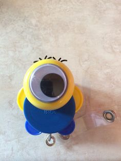 Minion....I am so making this one!!