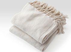 Cotton Herringbone Throw in Natural/White